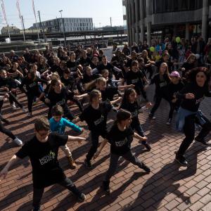 Flashmob Neumarktplatz März 2016 Brugg
