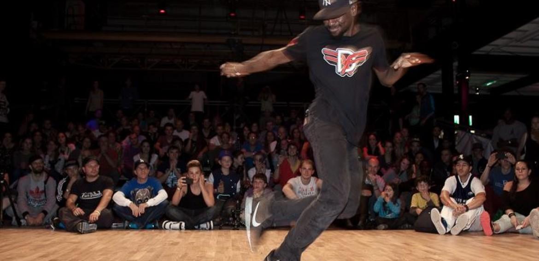 !!! Neu in BRUGG: House Dance Workshop mit Mike Bredy!
