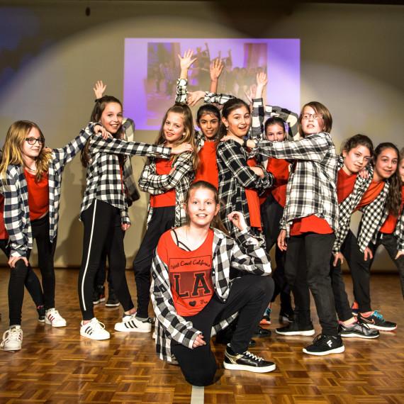 Mova Dance: Tolle Show